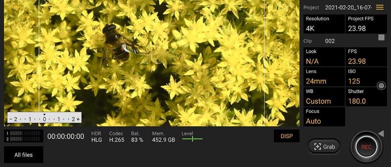 動画撮影用の独自アプリ「Cinematography Pro」。ソニーのプロ用シネマカメラで撮影している感覚で、映像作りを楽しめる。