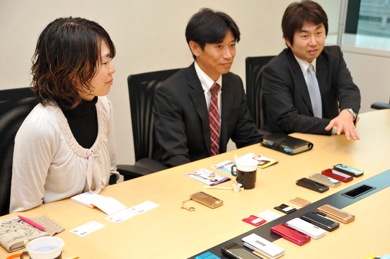 左から富士通の藤井陽子氏、増田茂則氏、坂本秀幸氏