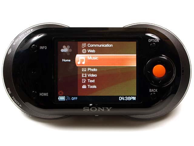 ソニーのmylo。無線LAN対応のインターネット通信機器でありマルチメディアプレーヤーである。日本ではブラックモデルのみの発売だそうだ