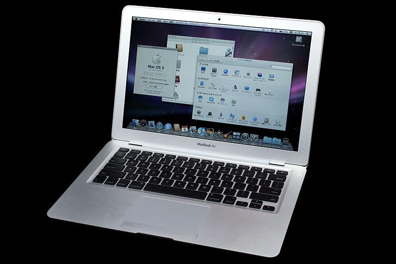 """なんつーか、久々に""""コンピュータ自体を目的にできる""""と感じたりなんかする、MacBook AirとMac OS X Leopardかも。全体的に新鮮であり夜更かし多発中。"""