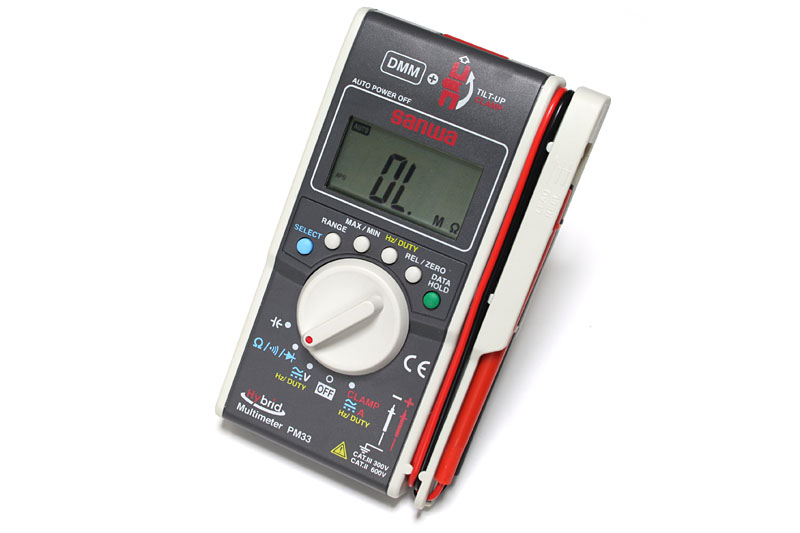br /> 三和電気計器のPM33。DMMとクランプメーターが合体したハイブリッド計測器なのだ。<br />