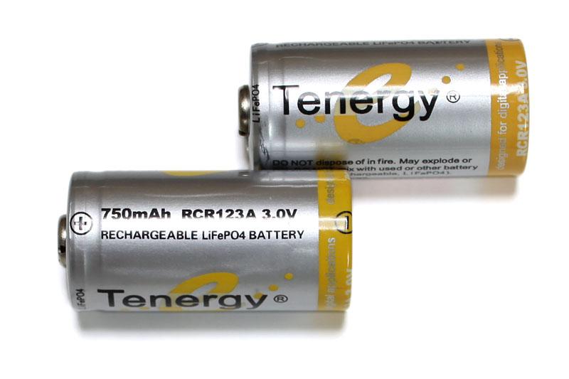 電池はLiFePO4を使用中。電タバにおけるリチウムイオン二次電池はナンかコワい印象があるので、極力使用を避けている