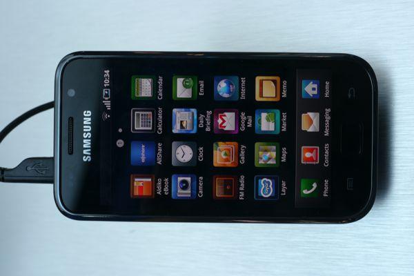 サムスンのイチオシとして展示されていたGalaxy S。ユーザーインターフェースの構成としてはかなりiPhoneに近い