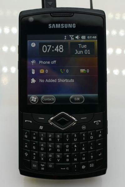 Windows Phoneを採用したOMNIA PRO 4