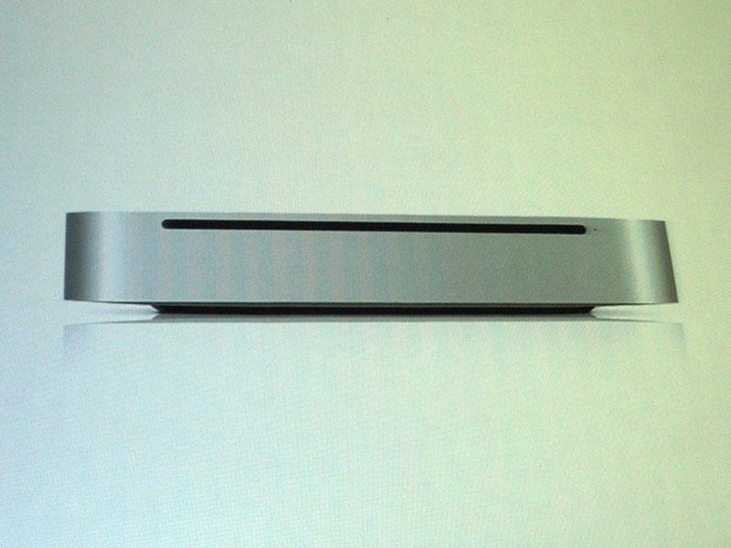 極限まで無駄をそぎ落とし、内部には奥深い機能が搭載されている「Smart」な機器の典型例として上げられたMac mini