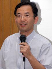 シャープ 通信システム事業本部の白石奈緒樹氏。ZaurusシリーズのOSを手掛け、PDAユーザーにはよく知られる