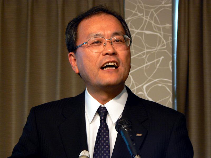 KDDI新社長の田中氏