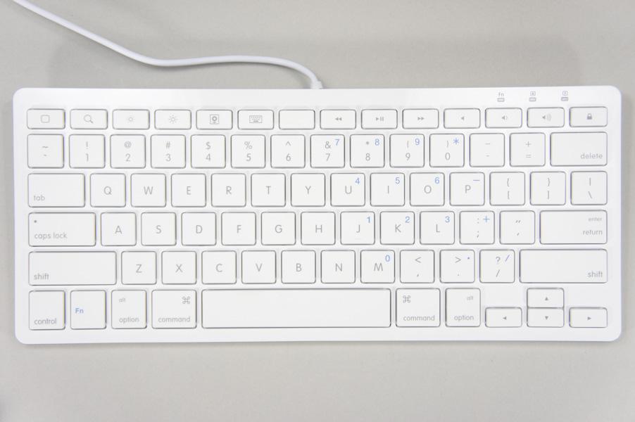 キーは英語配列。修飾キーはMac準拠