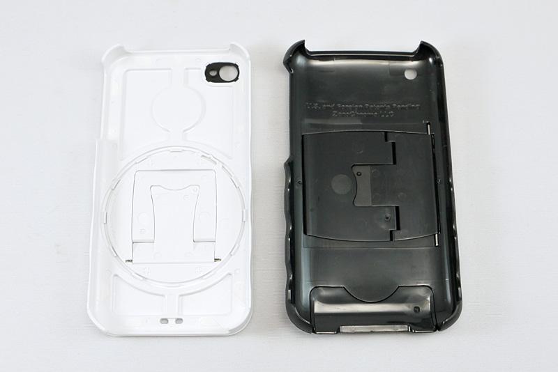 iPhone用の白と、iPhone 3G/3GS用の黒の内部