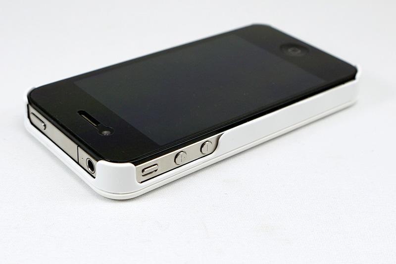 iPhone 4用を装着してみた。こちらもボタン操作には一切影響なし