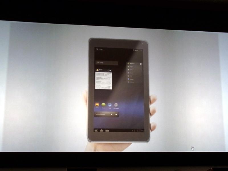 Android 3.0を搭載した8.9インチのタブレット「Optimus Pad」