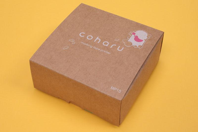 coharuのパッケージはボール紙の箱。素朴なパッケージですな。捨てたくない方面の箱と言えよう