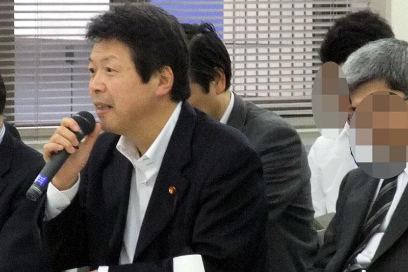 平岡副大臣
