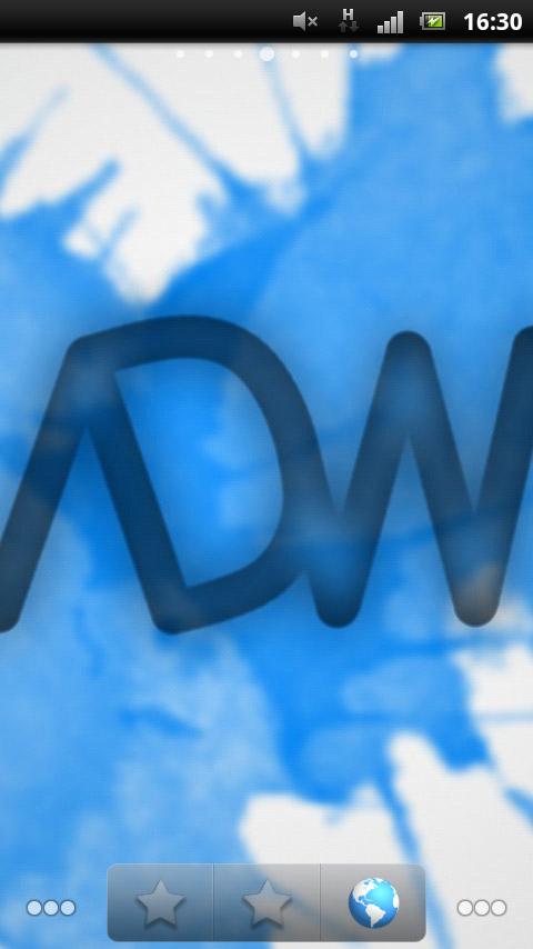 """長い間断続的に使っていた「ADW.Launcher」のホーム画面<br>・多彩なカスタマイズ機能<br>・見た目を変更できる""""テーマ""""が多数リリース"""