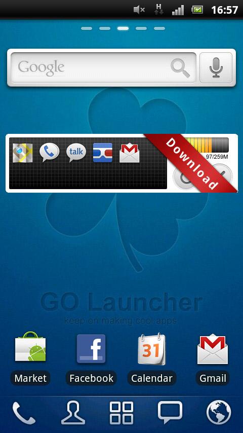 こちらは初期状態の「GO ランチャー EX」のホーム画面<br>・多彩なカスタマイズ機能<br>・スクリーン切り替え時等のトランジション効果<br>・アプリ管理機能が充実