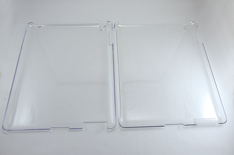 左がそれまで使っていたジャケット。右が「Smart BACK Cover for iPad 2」
