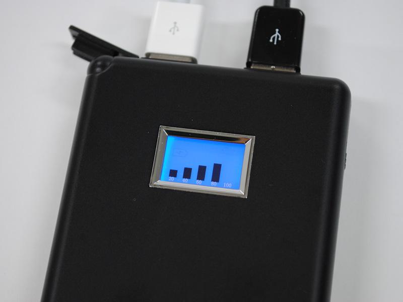 「Infinity5000」自体のバッテリー残量は液晶ディスプレイで確認できる