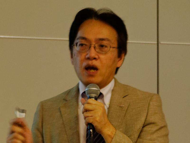NTTドコモ 執行役員 スマートコミュニケーションサービス部長 阿佐美 弘恭氏