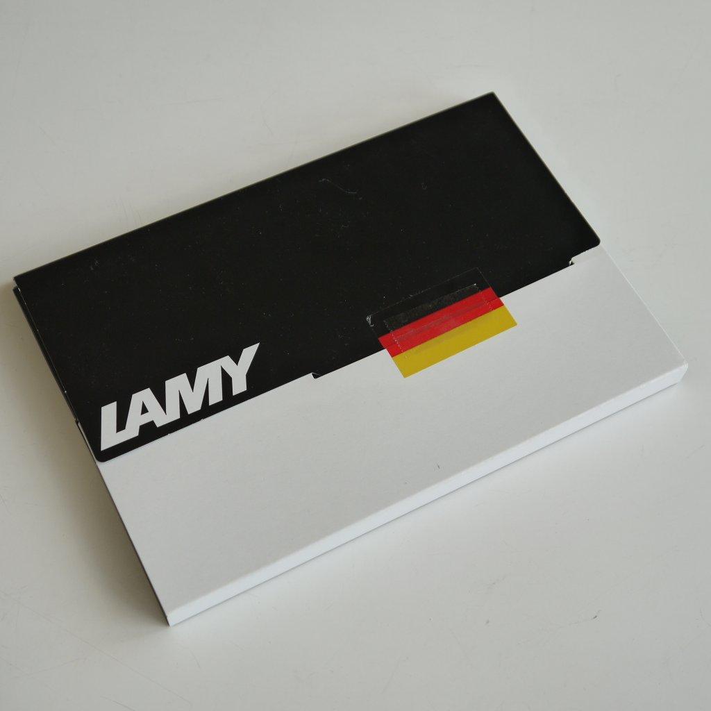 LAMY社のスペシャルパッケージだ