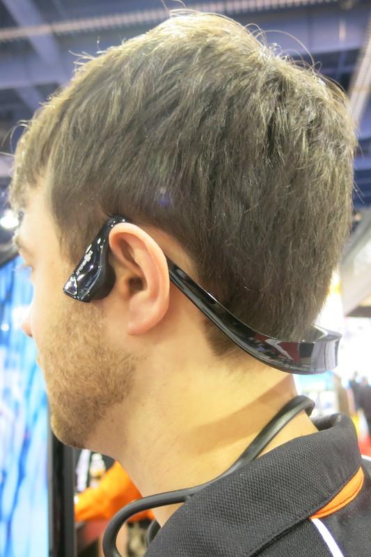 Bluetooth型のAfterShokz