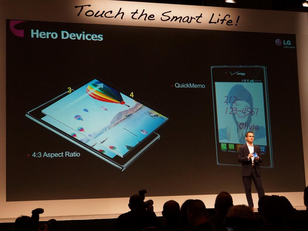 LGエレクトロニクスのプレスカンファレンスでは、Optimus VuやOptimus Gと同等のモデルを紹介