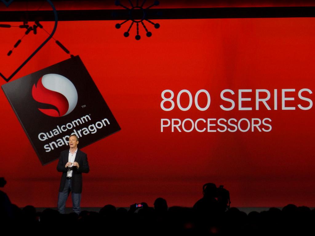 開催前日のプレ・キーノートスピーチには、クアルコム CEOのポール・ジェイコブス氏が登壇。発表したばかりのSnapdragon 800シリーズによる新しいモバイルの世界を紹介