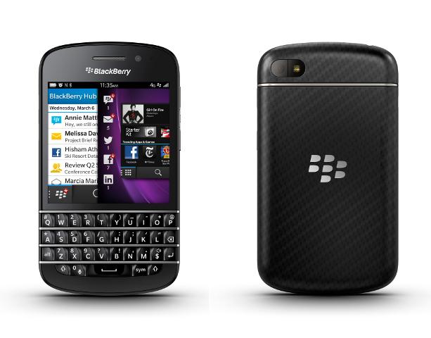 新OS「BlackBerry 10」の発表とともに披露された「BlackBerry Z10」と「BlackBerry Q10」
