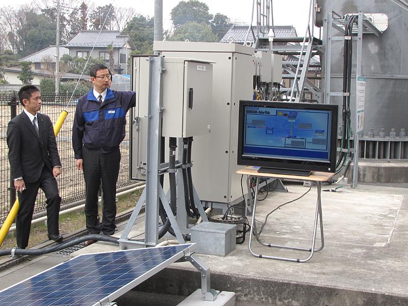 スイッチをいれて太陽光発電開始