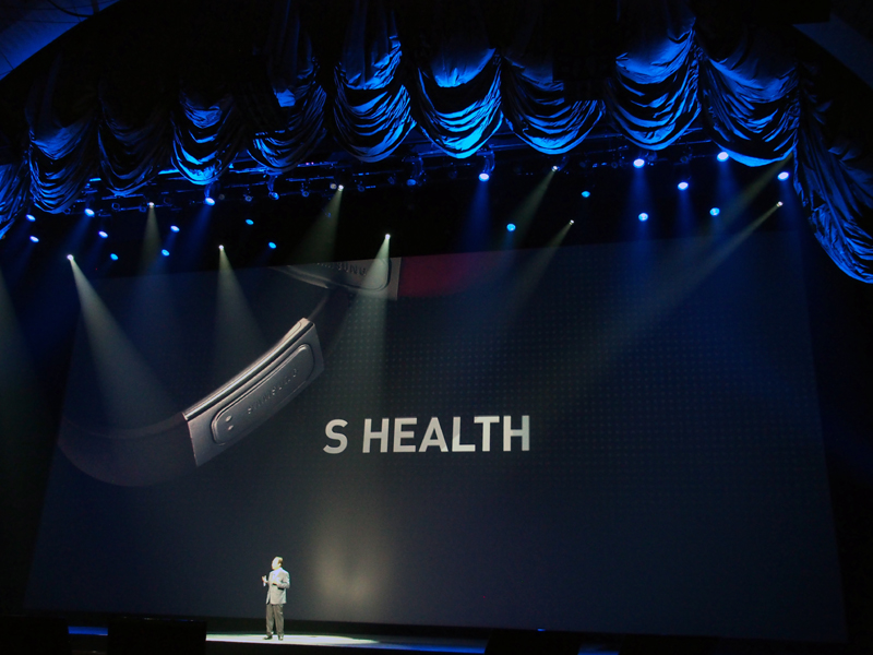「S Translator」や「S Health」といった、新機能にも対応