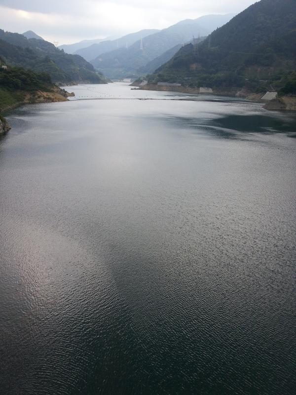 浦山ダムの上流、秩父さくら湖と呼ばれているらしい。 ※この写真のみ「GALAXY S III Progre SCL21」で撮影