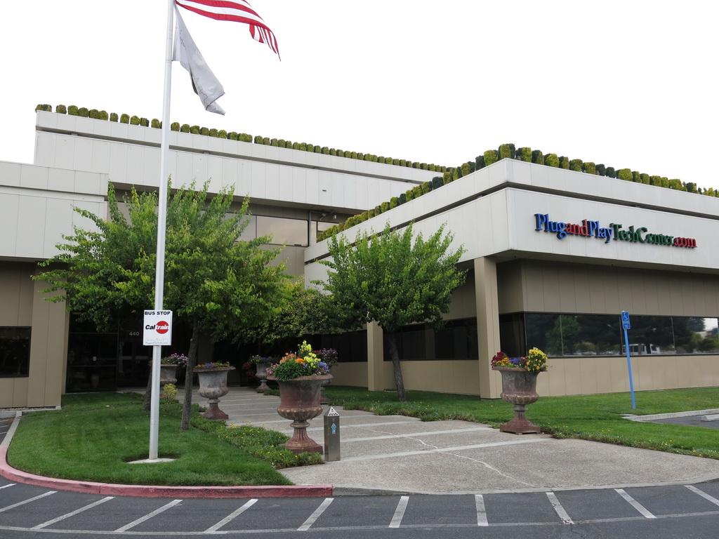 KDDI研究所はシリコンバレーにあるインキュベーションセンター「Plug and Play Tech Center」にオフィスを構えている