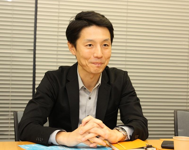 企画担当のLGモバイルコミュニケーション プロダクトチームの金希哲氏