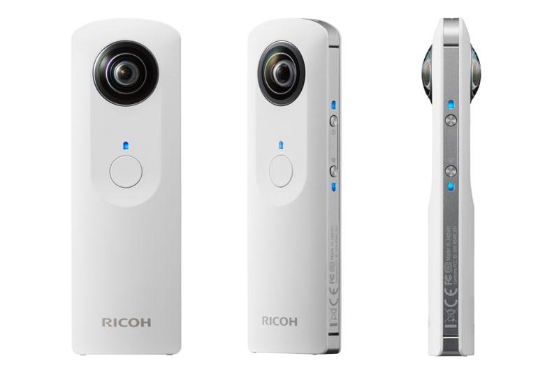 リコーの「THETA (シータ)」。スティック型のデジタルカメラで、2つのレンズにより1度のシャッターで全天球イメージ(静止画)が得られる。撮った写真は、THETA対応アプリを使って「見る方向や画角を変えながら自由に閲覧」できる。実勢価格は4万2000円前後