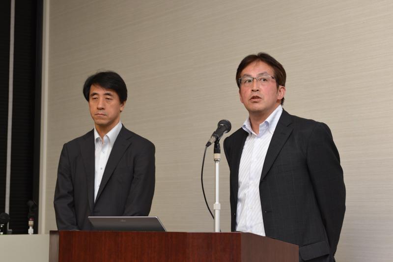 コニカミノルタの能西豊茂氏(左)とキヤノンの柚賀信一氏(右)