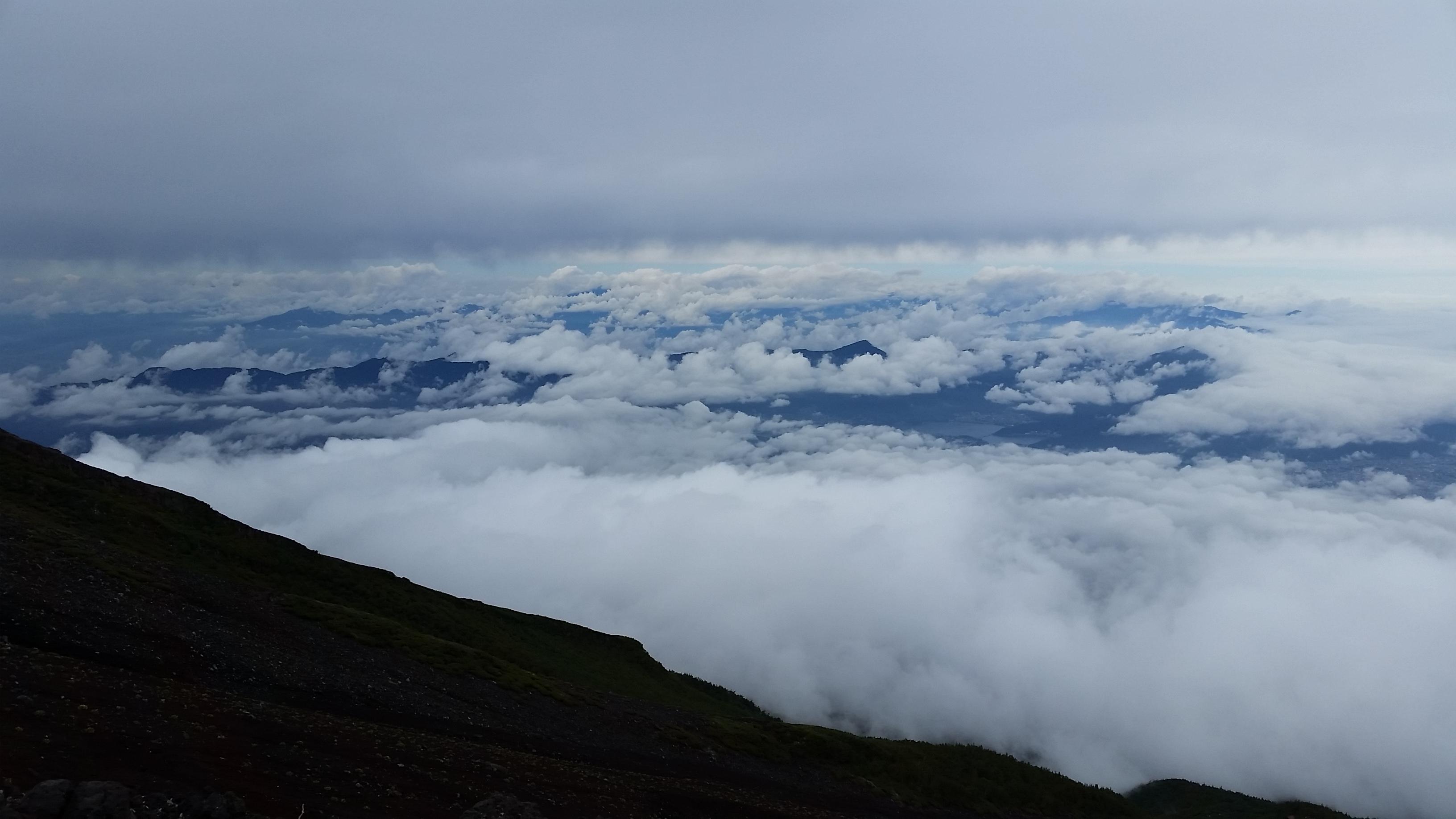富士登山中に撮影した雲海