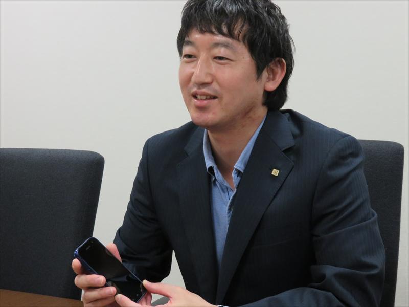川居伸男氏