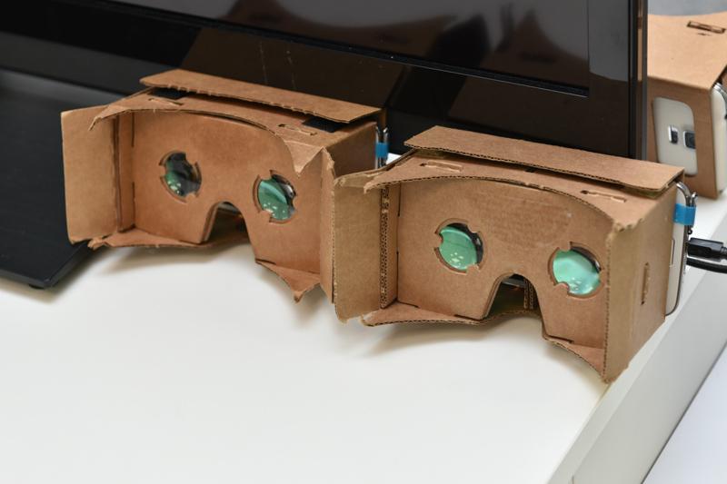 音声はないが、ダンボール製ヘッドマウントディスプレイとスマートフォンの組み合わせでも可能