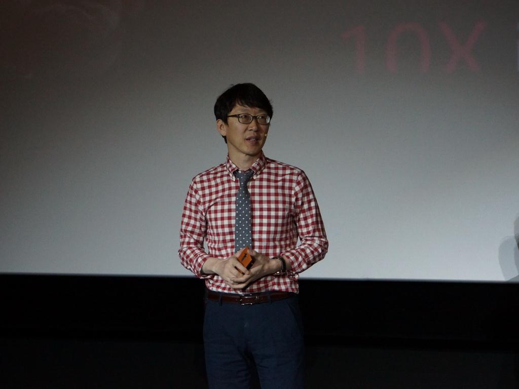 製品の詳しい内容はLG MC事業本部 MC商品企画 チェ・ジョンソ部長が説明