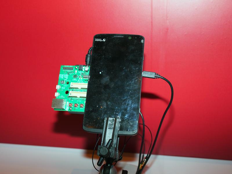 デモ機で、TD-LTEの上りをキャリアアグリゲーションしていた