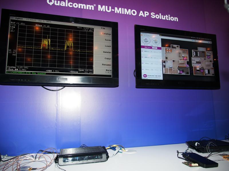 MU-MIMOに対応した802.11acのチップセット。デモコーナーでは、スループットも確認できた