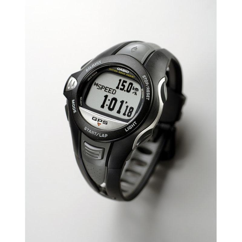 世界最小・最軽量(発売当時)のGPS応用機器、腕時計型のスピードメーター「PHYS GPR-100」:2006年(平成18年)発売