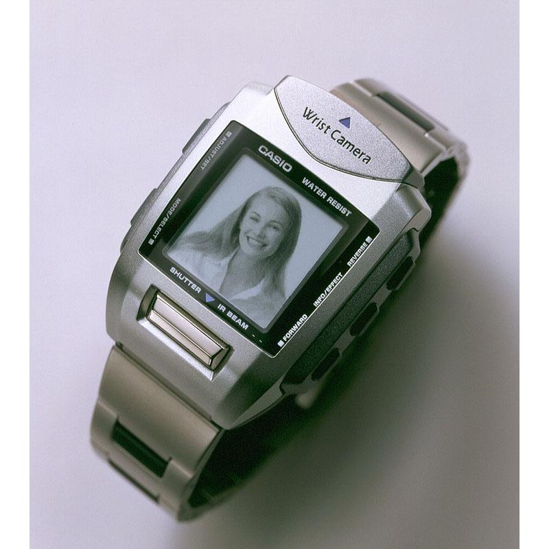 世界初の腕時計型デジタルカメラ「リストカメラ WQV-1」:2000年(平成12年)発売
