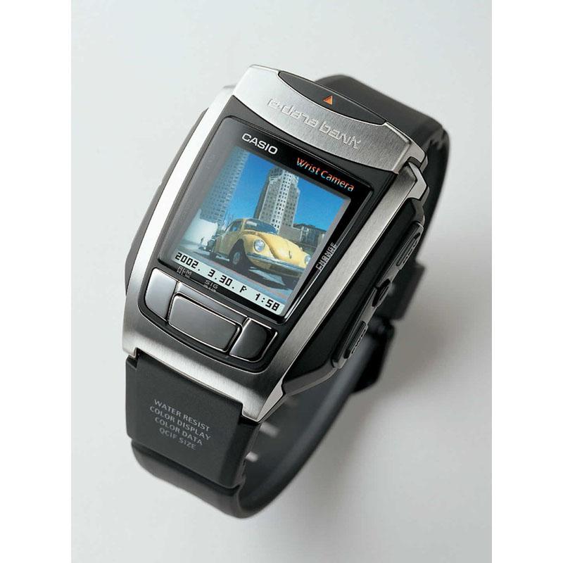 反射型STNカラー液晶搭載の腕時計型デジタルカメラ「リストカメラ WQV-10」:2001年(平成13年)発売