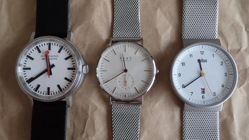 ミニマルな機能のシンプル工業デザインのドイツ系腕時計が今は人気だ