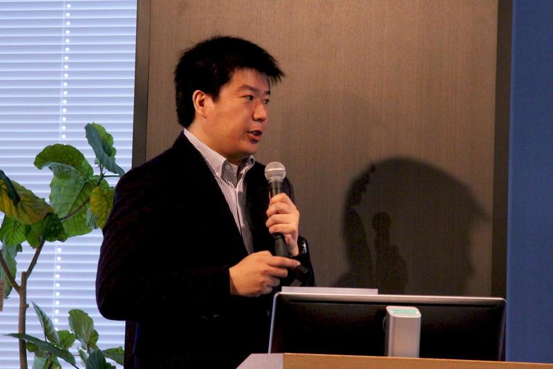 LINE 政策企画室 室長の江口清貴氏