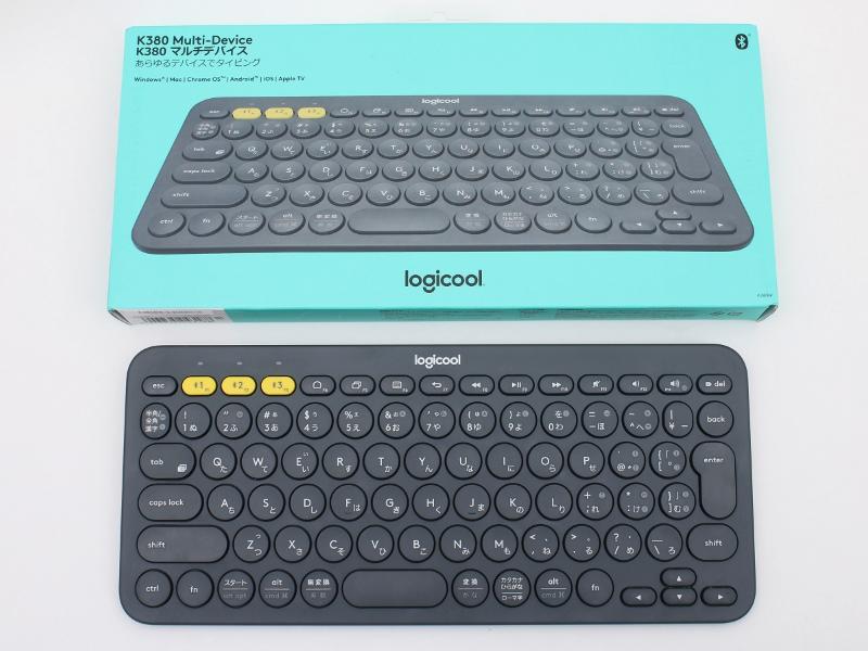 外箱もキーボードとジャストサイズなので、店頭でもサイズ感がだいたいわかる