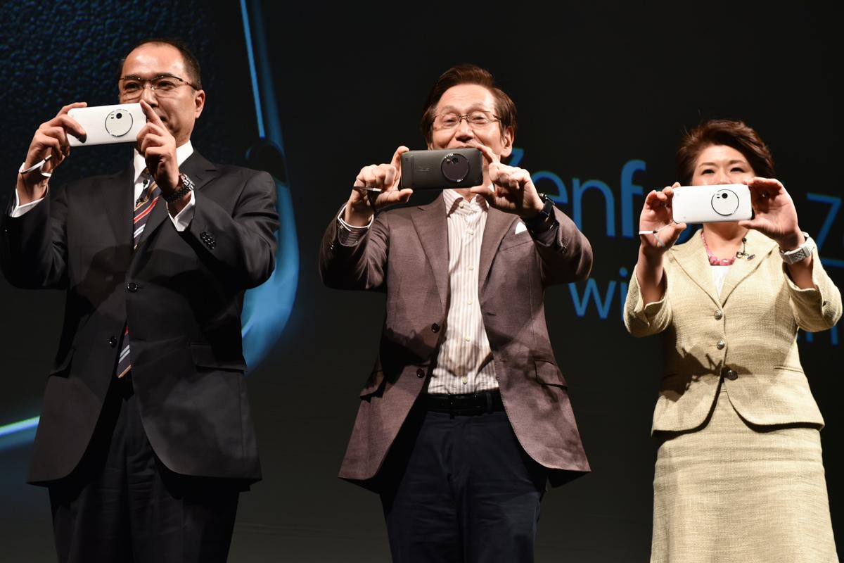 ゲストとして登壇したHOYAグループ、オプティクス事業部 DCM SBU長の神原稔氏(左)、インテル 代表取締役社長の江田麻季子氏(右)