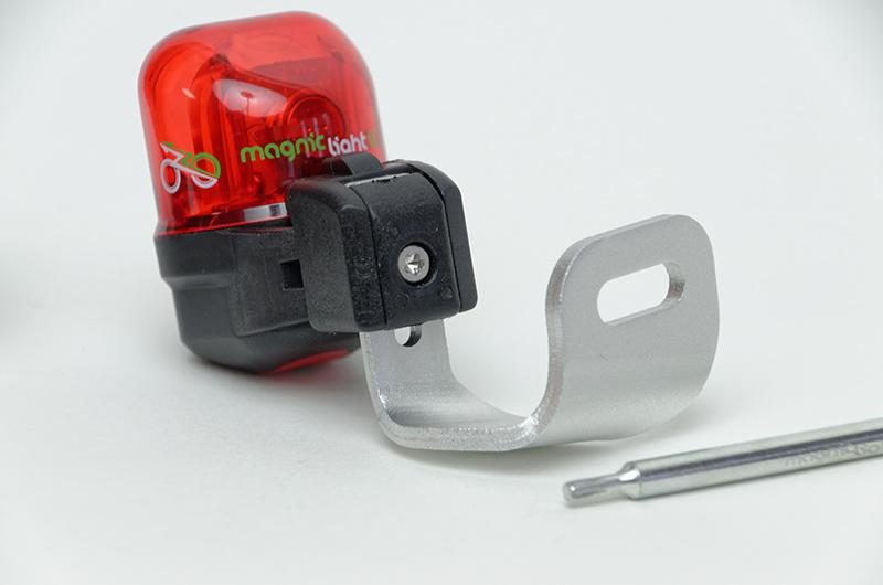 盗難防止ネジで固定できるパーツもある