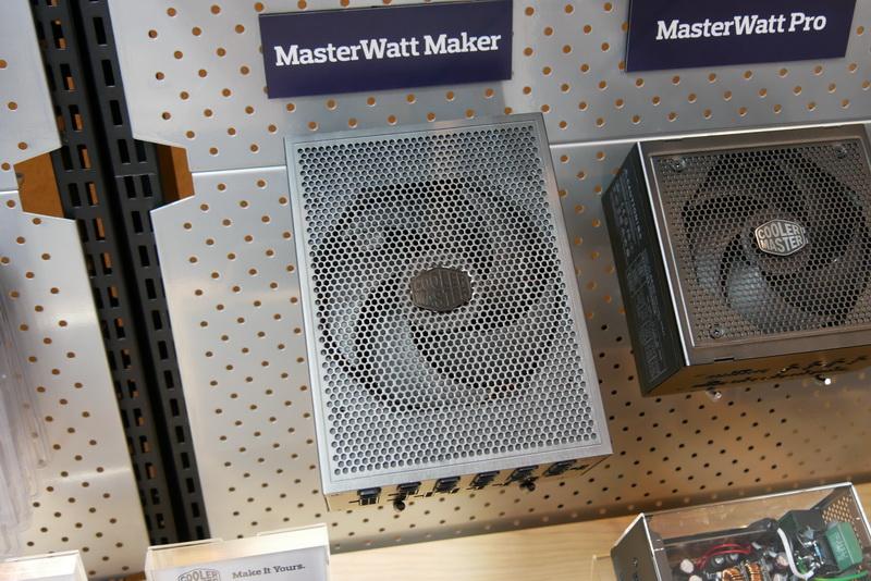 日本にこだわった1,200W 80PLUS Platinum電源「MasterWatt Maker」