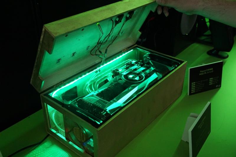 パスカルの計算機を模したPC